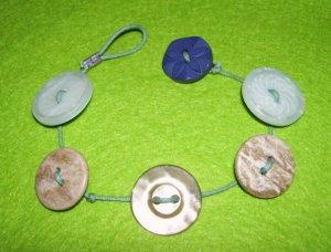 Button bracelet 2